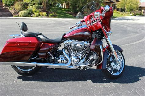 2012 Harley Davidson Glide Cvo For Sale by 2012 Harley Davidson Glide Cvo Cruiser For Sale On