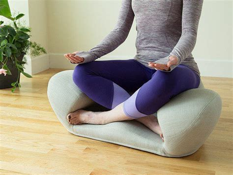 25  Best Ideas about Ergonomic Chair on Pinterest   Ergonomic products, Chair and Book furniture