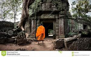Angkor Wat Monk. Ta Prom Khmer Ancient Buddhist Temple In ...