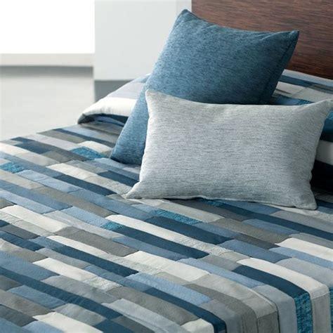 plaid et jeté de canapé couvre lit patchwork pas cher couvre lit ado dessus de