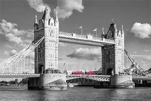 London Skyline Schwarz Weiß : rclassen london tower bridge black and white poster posterlounge ~ Watch28wear.com Haus und Dekorationen