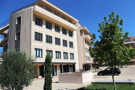 Centro Uffici by Centro Uffici Roma Torrino Ufficiosrl Business Center