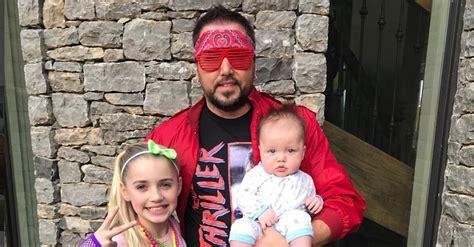 Jason Aldean Dresses Up In Costume For Daughter Kendyl's