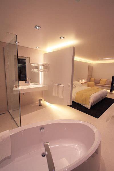 hotel aix les bains avec dans la chambre esthétique et moderne une salle de bains en corian