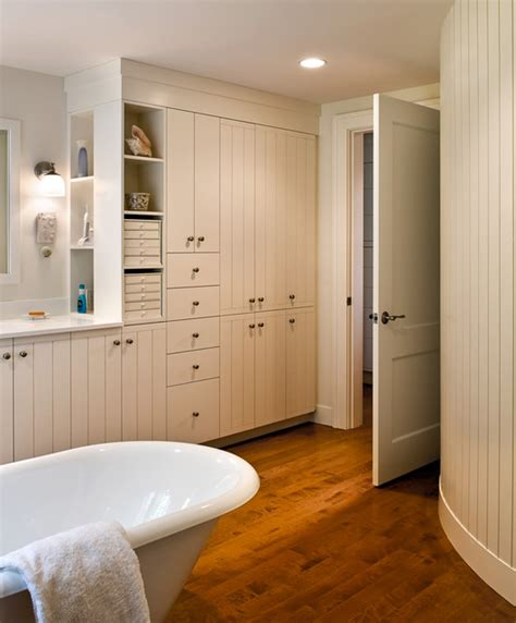 Closet To Closet Bath Maine by Bathroom Farmhouse Bathroom Portland Maine By