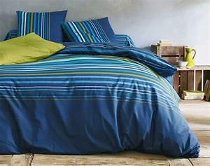 Fond De Lit : du linge de lit rayures sur fond bleu nuit becquet ~ Teatrodelosmanantiales.com Idées de Décoration