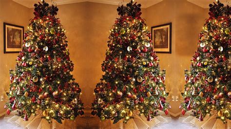 How To Decorate A Christmas Tree Step By