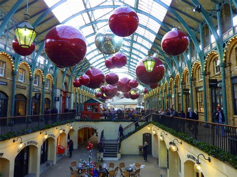 christmas decorations  covent garden  pam fray cc  sa