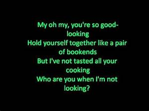 Who are you when I'm not looking Blake Shelton with lyrics ...