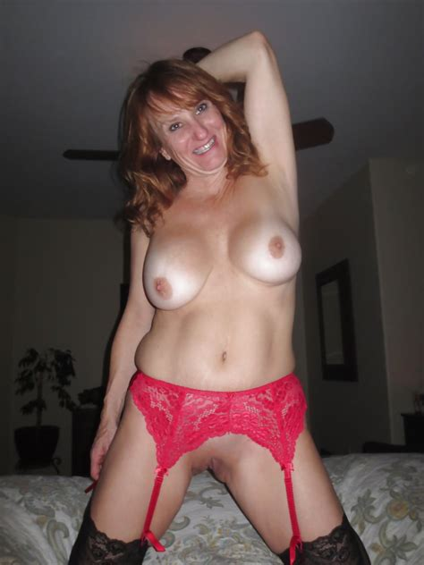 Hot Amateur Redhead Milf Wife Poses Nude Pics XHamster