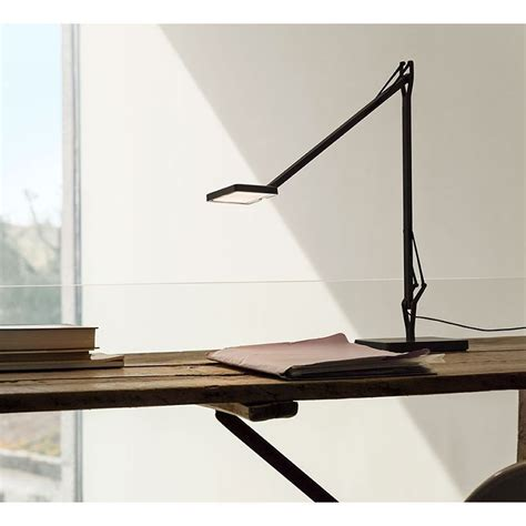Choice of four base options. Flos Kelvin EDGE Base LED Table Lamp Black F3452030 dimmable - Diffusione Luce srl