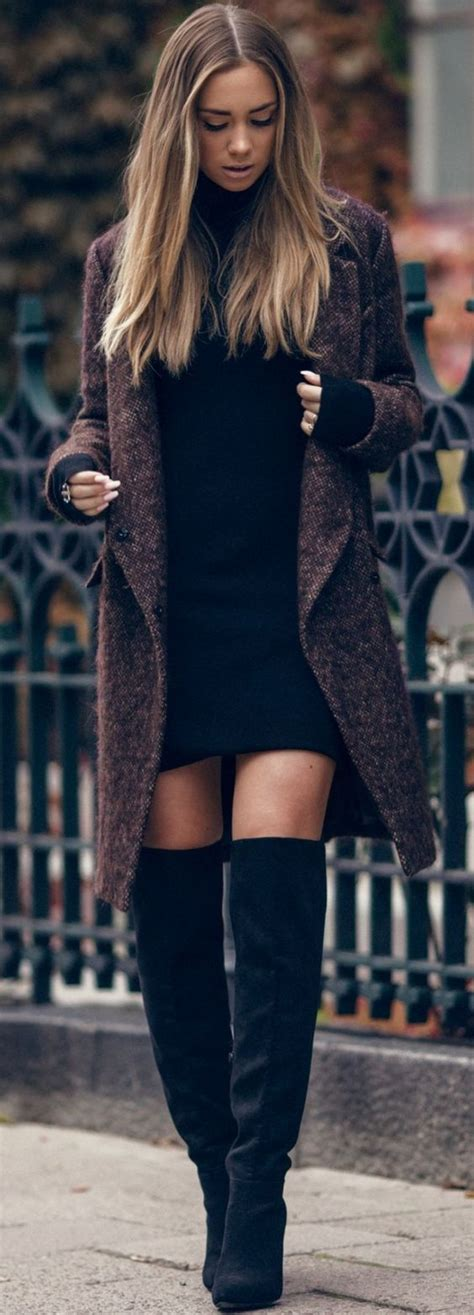 How to Wear Knee-High Boots with Jeans - Her Style Code