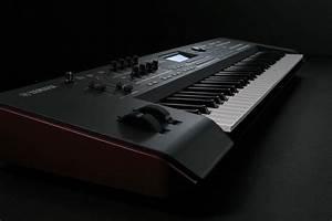 Yamaha MOXF6 61 Key Semi-Weighted Keyboard Synth | PSSL