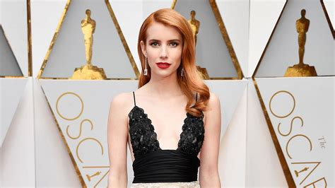 Emma Roberts Channels Her Aunt Julia Roberts With Stunning ...