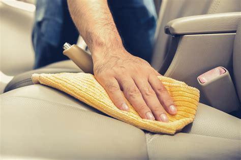 comment nettoyer siege cuir voiture ম comment bien nettoyer la sellerie de votre voiture