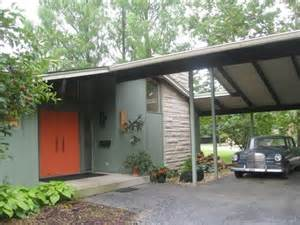 Mid-Century Modern Exterior House Colors