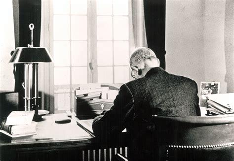 bureau de change charles de gaulle de gaulle dans bureau de la boisserie 1954
