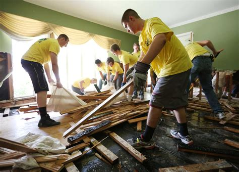 volunteers   bright spots  houstons recovery