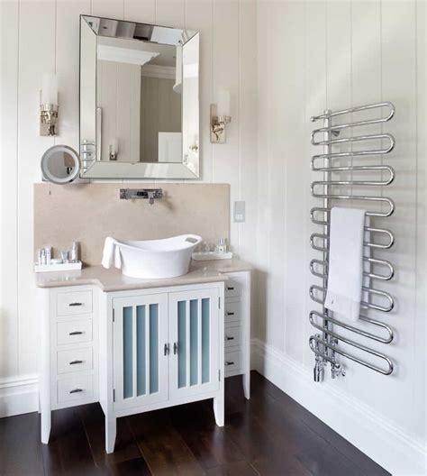 The Benefits Of Having A Good Towel Racks In Your Bathroom