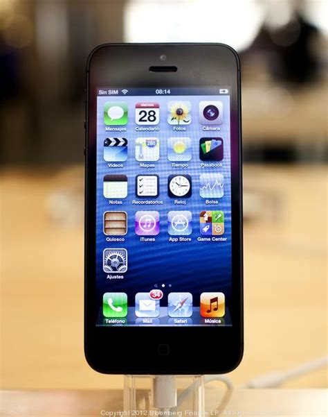 iphone 5s recall iphone 5s reportedly delayed problems with even