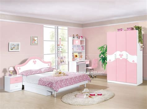 bedroom furniture for a hawk