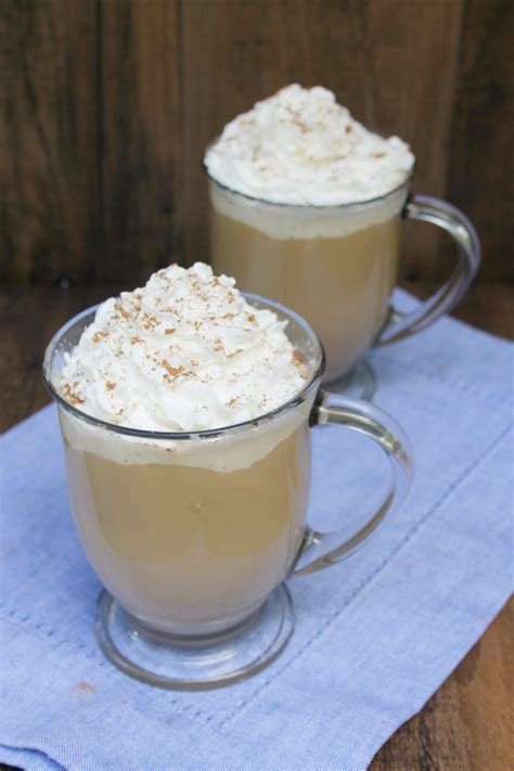 I have yet to find three white russian recipes in a row that agree on proportions. How to Make Easy White Russian Coffee - Busy Being Jennifer