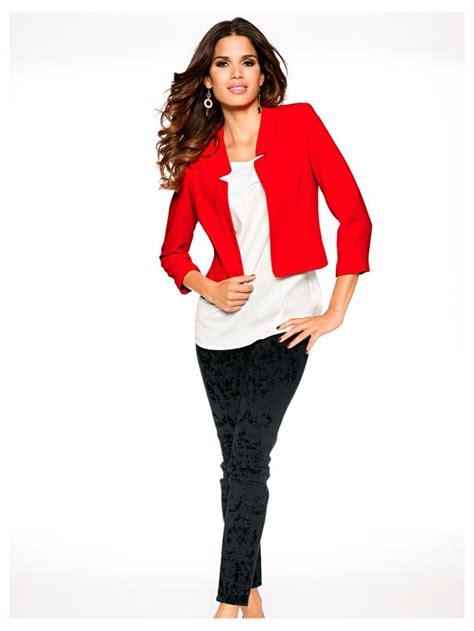 veste de chambre femme a posséder en septembre une veste blazer courte femme