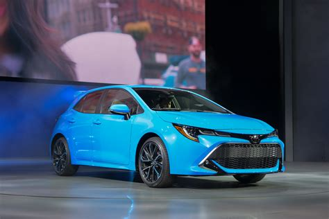 Toyota 2019 : 2019 Toyota Corolla Hatchback Returns At Ny Auto Show