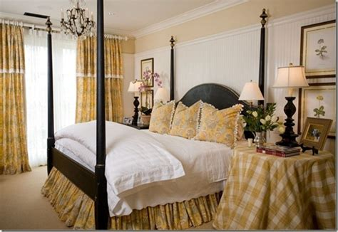 Yellow Gingham Bed Skirt For Vintage French Country