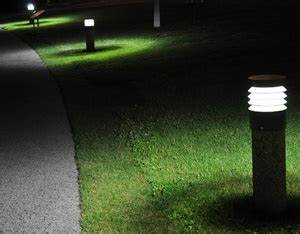 landscape lighting milwaukee landscapers wauwatosa With outdoor lighting construction company milwaukee wi