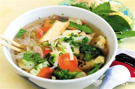 vegetarian vietnamese rice noodle soup pho chay recipe
