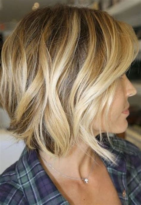 brown short hair  blonde highlights ompre hair color
