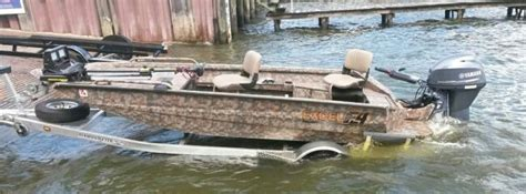 Excel Boats Iowa by 1000 Ideas About Duck Boat On Duck