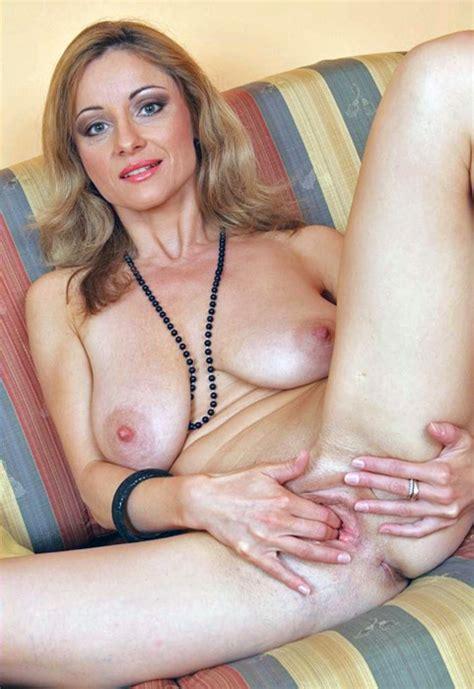 Tumbex Hot Older Mature Horny Babes