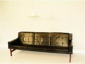 Canapé Vintage Scandinave : canap design scandinave ~ Teatrodelosmanantiales.com Idées de Décoration