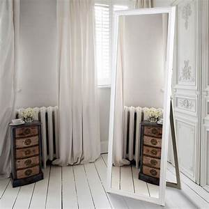 Bedroom mirror wall decor : Bedroom kinds of lovely mirror decoration in