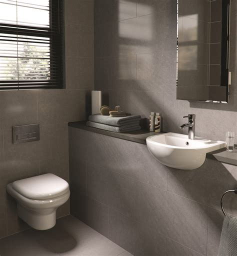 rak compact  wall hung wc pan  soft close seat mm