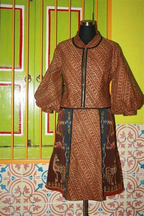 dress tenun sumba batik lawas desain blus gaya model
