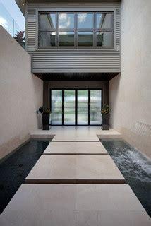 Miwa   Modern   Entry   orlando   by Phil Kean Design Group