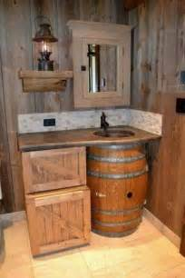 Small Rustic Bathroom Images by 25 Best Ideas About Small Rustic Bathrooms On