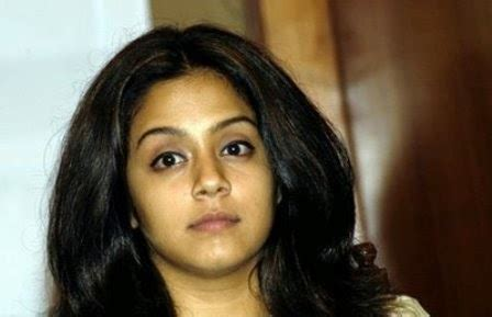 actress jyothika community jyothika hot unseen pictures jyothika photo gallery