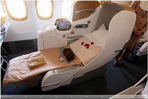 Emirates 777-300ER First Class - Bing images