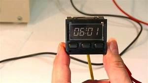 Porsche 944 Repairing The Digital Clock