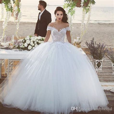 2016 Ball Gown Wedding Dresses With Off The Shoulder Straps Cathedral Royal Bridal Wedding Gowns