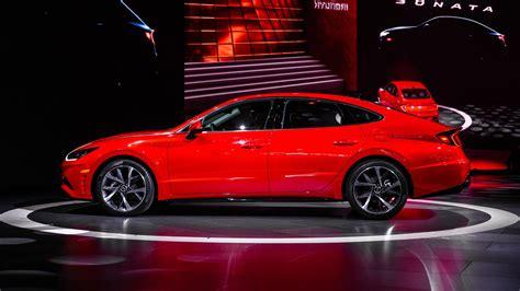 Hyundai Accord 2020 by 2020 Hyundai Sonata Vs 2019 Honda Accord Mazda6 Nissan