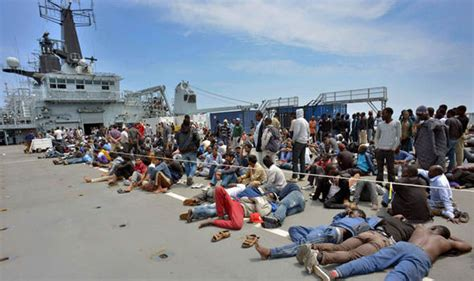 Libya To Italy By Boat 2017 by Migrant Crisis Navy Rescue Ship Hms Bulwark Breaks