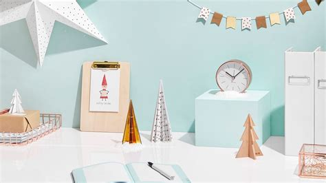 how to decorate your desk for christmas youtube