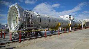 Watch NASA test the world's largest solid rocket booster ...