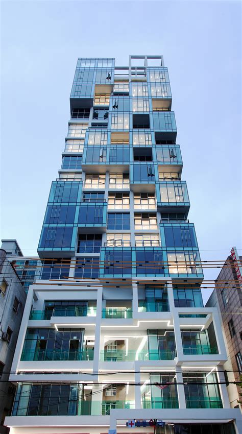 Gallery of Vertical Ocean / Maaps Architects - 17