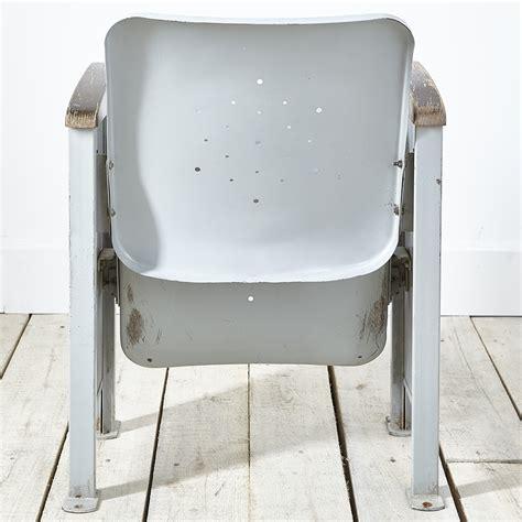 fauteuil de cin 233 ma desuet brocante et objet